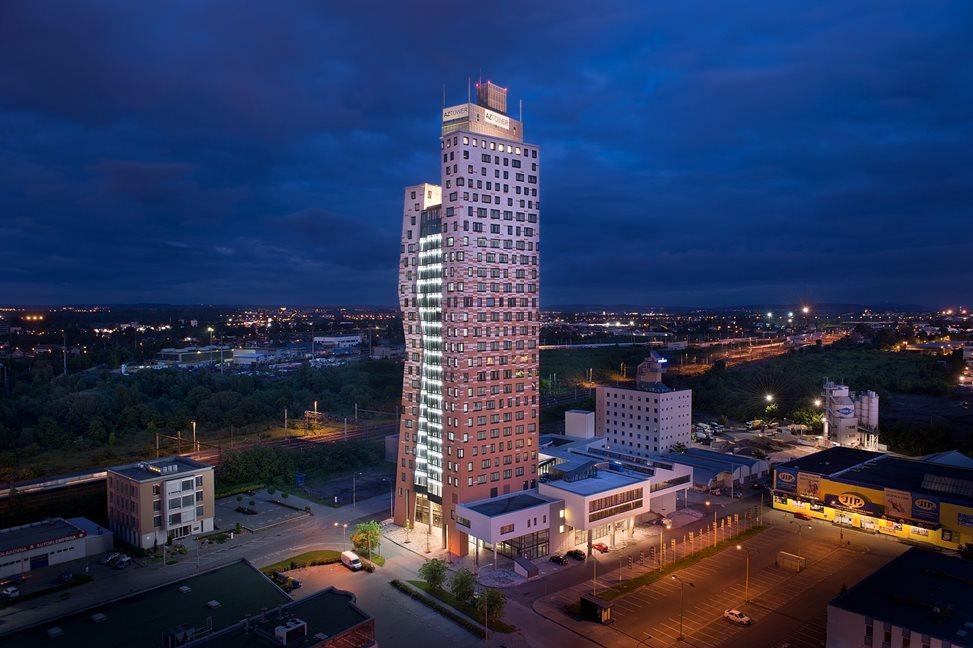 Az Tower Nejvy 205 Budova V Čr Properity